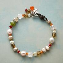 BLUSHED BEAUTY BRACELET