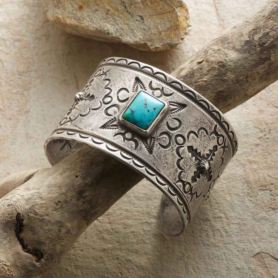CONTEMPORARY TURQUOISE CUFF