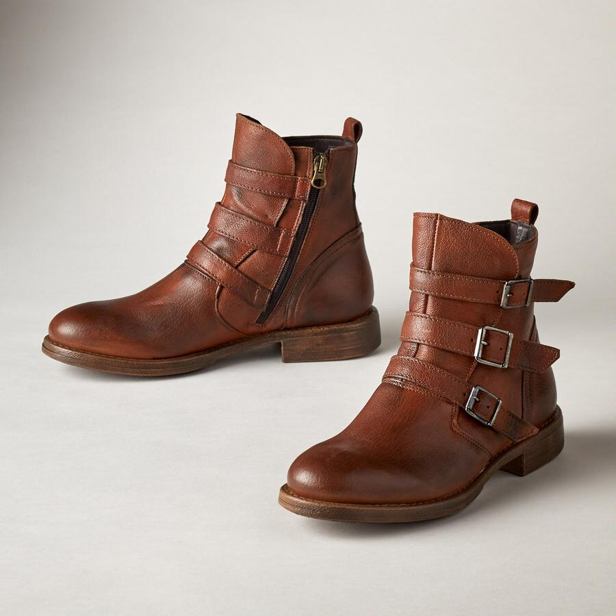 CLARISE BUCKLE BOOTS
