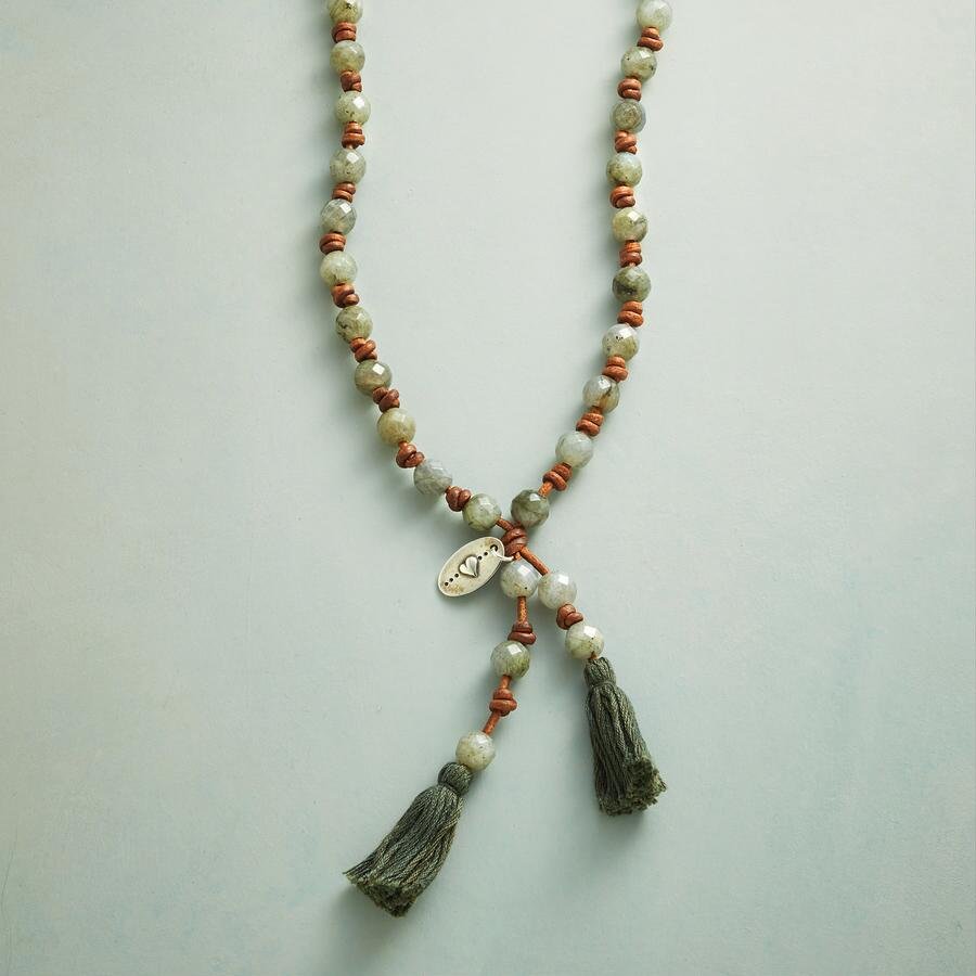 ANAFI NECKLACE