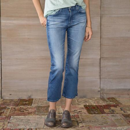 JODI CROPPED JEANS WITH SLIT