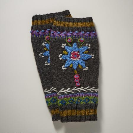 STAR FLOWER LEGWARMERS