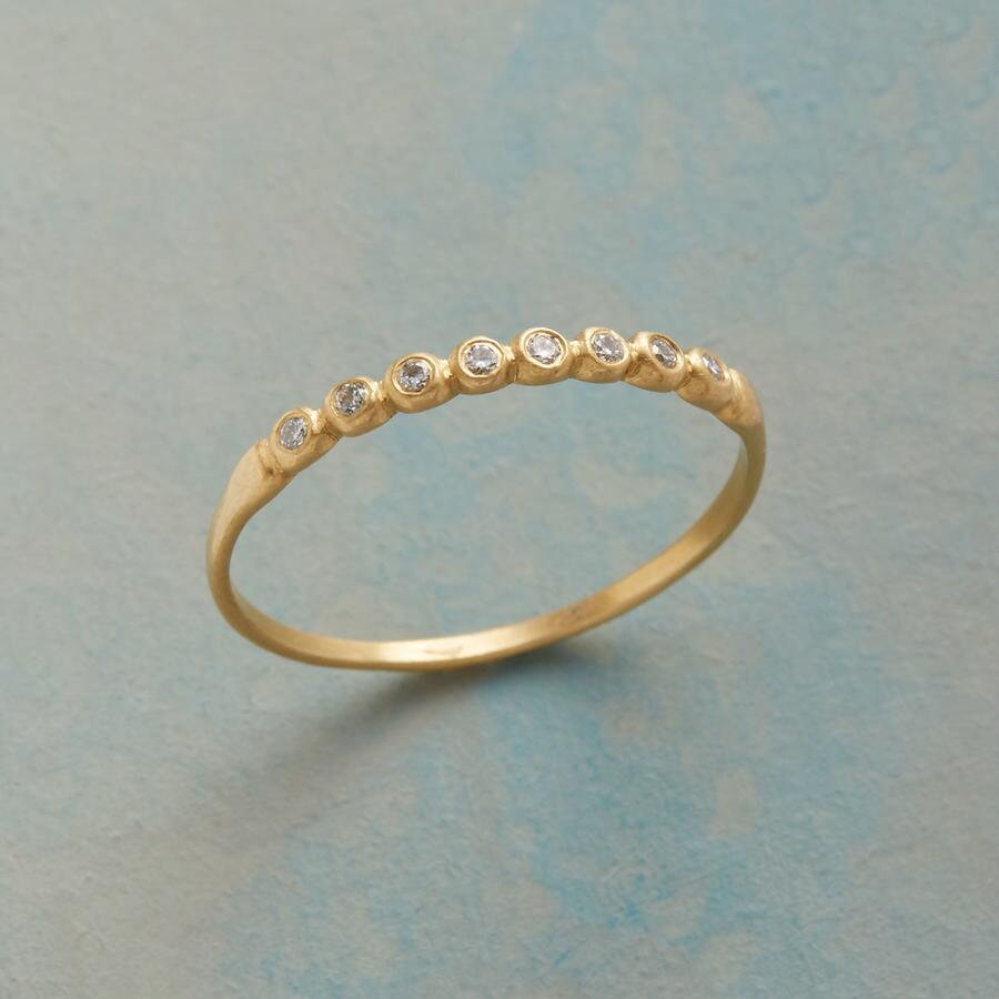 DIAMOND BEZEL BAND