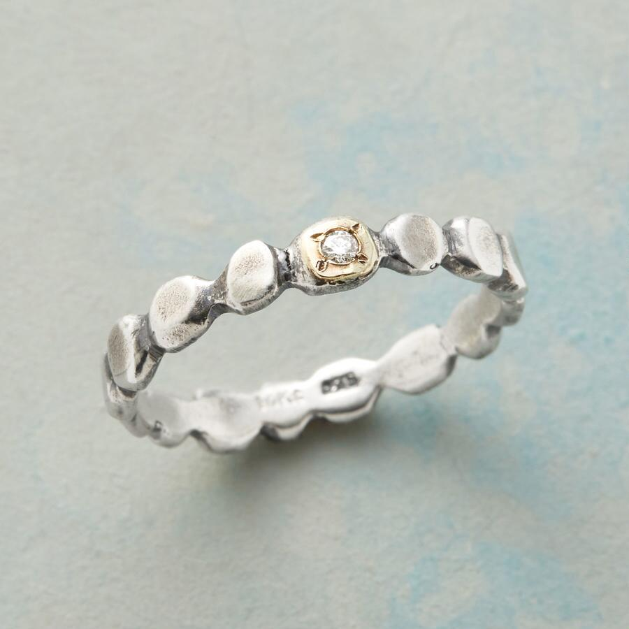 RIVER ROCK DIAMOND RING