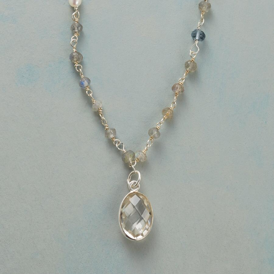 POP AND DAZZLE NECKLACE