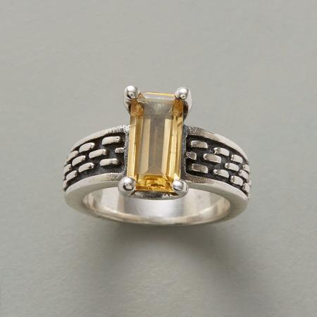 GOLDEN PATHWAY RING