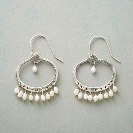 HIGH NOTE PEARL EARRINGS