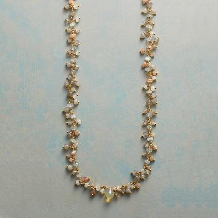 MYSTICAL PEBBLES NECKLACE
