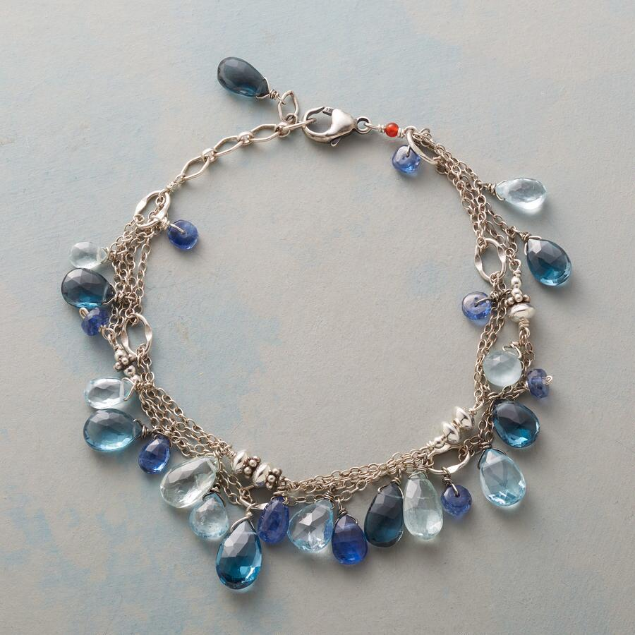 FROTHY BLUE BRACELET
