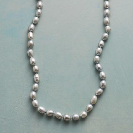 PEARLS & PINE NECKLACE