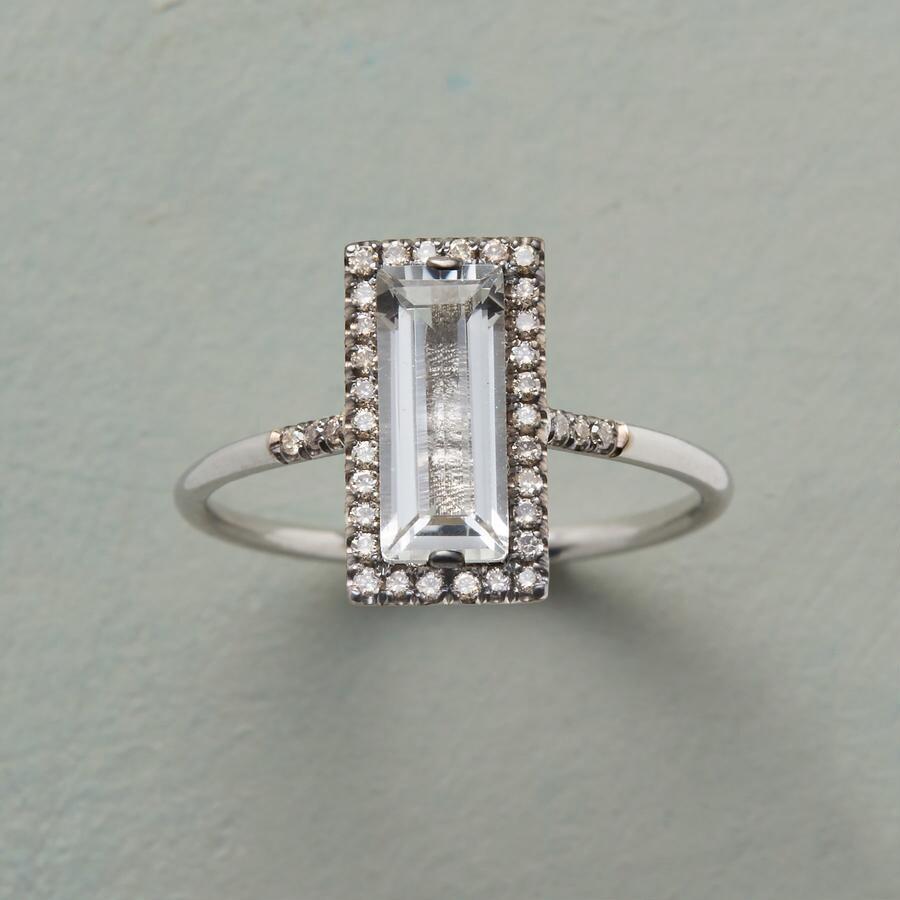 CHAMPAGNE & DIAMONDS RING