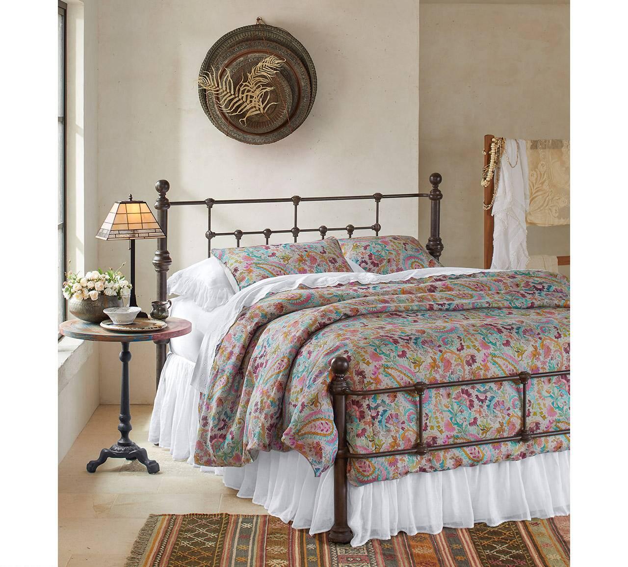 Monopole Bedroom