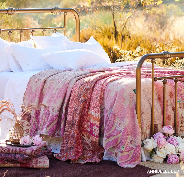 Annibel Bed