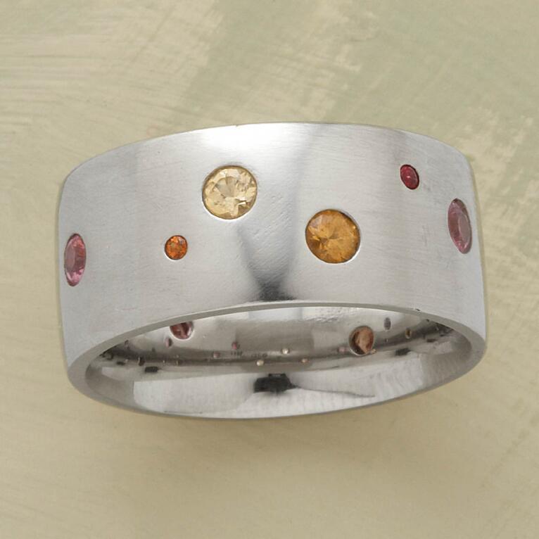 SAPPHIRE SPECTRUM RING, WHITE GOLD