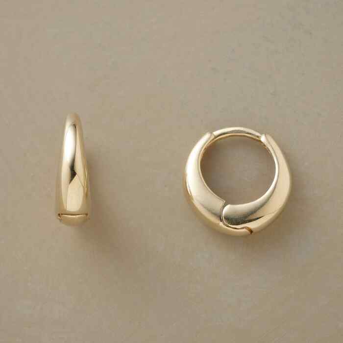 YELLOW GOLD AXIS HOOPS
