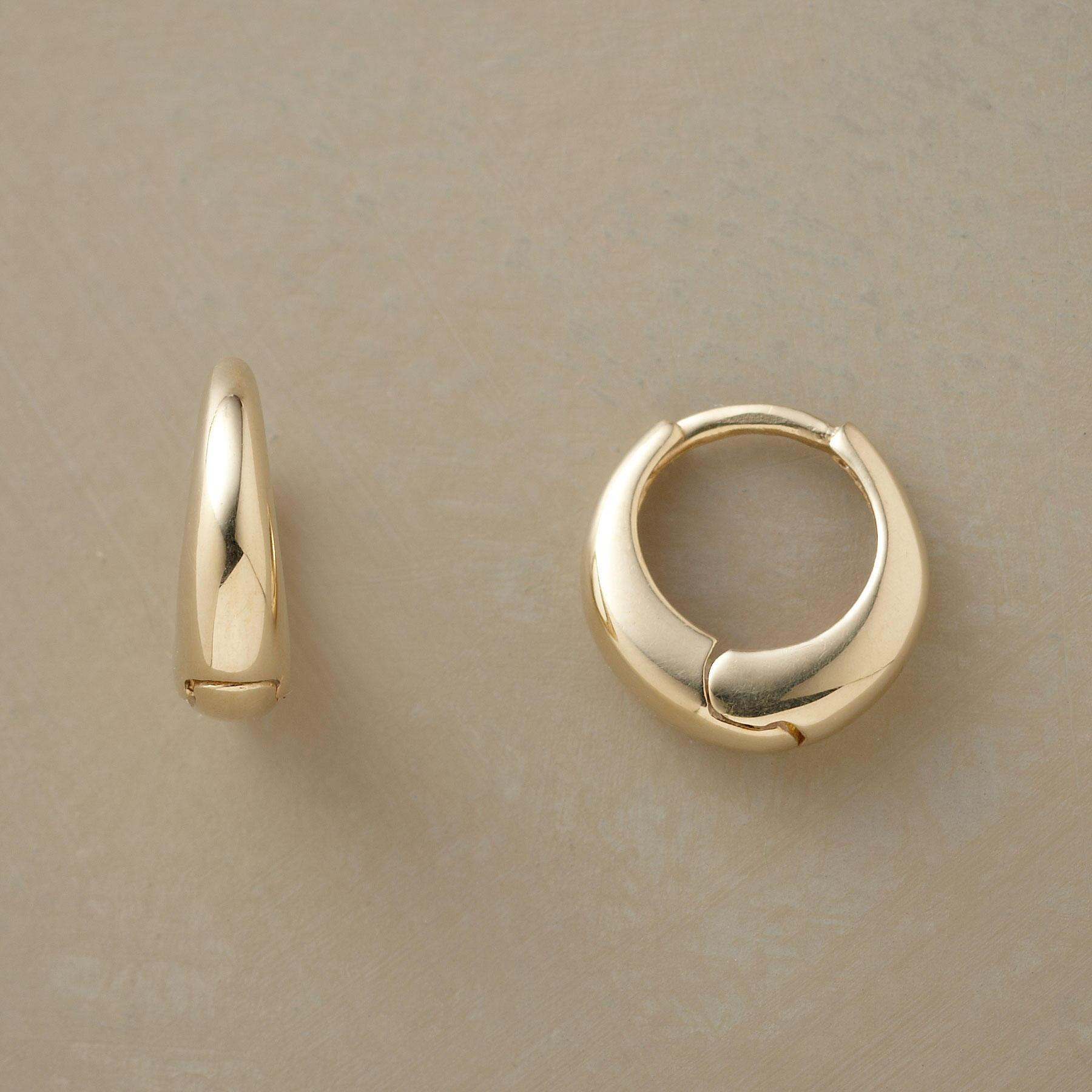 YELLOW GOLD AXIS HOOPS: View 1