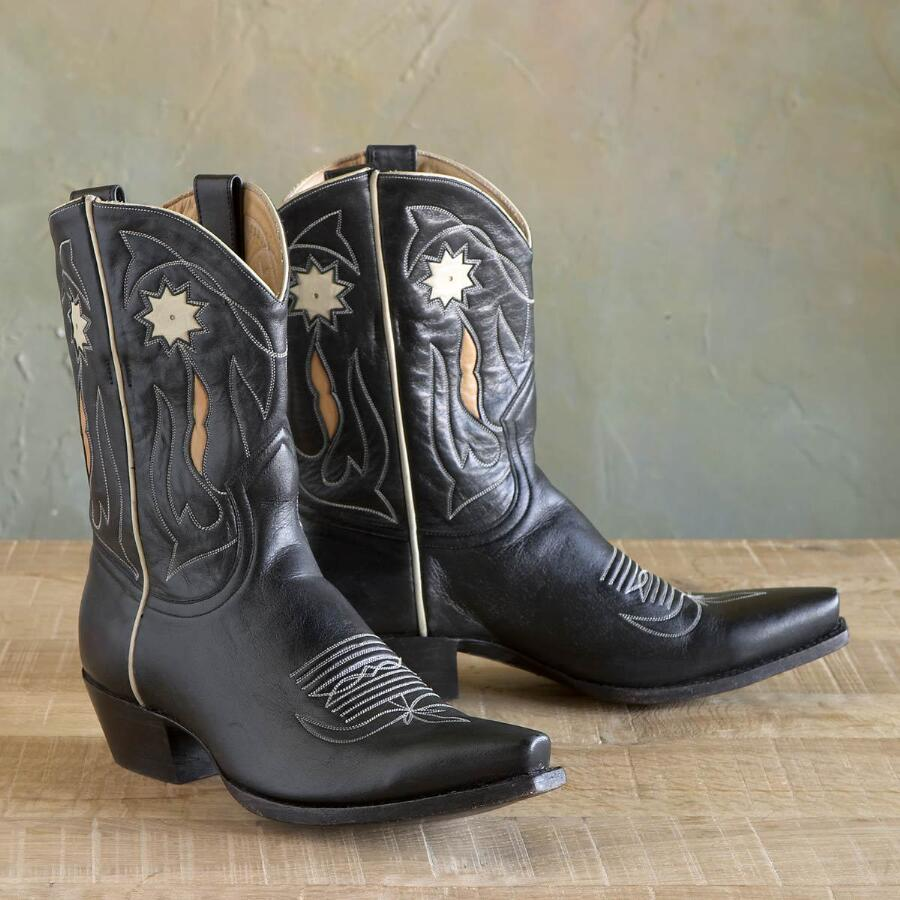 VINTAGE COWGIRL BOOTS IN BLACK