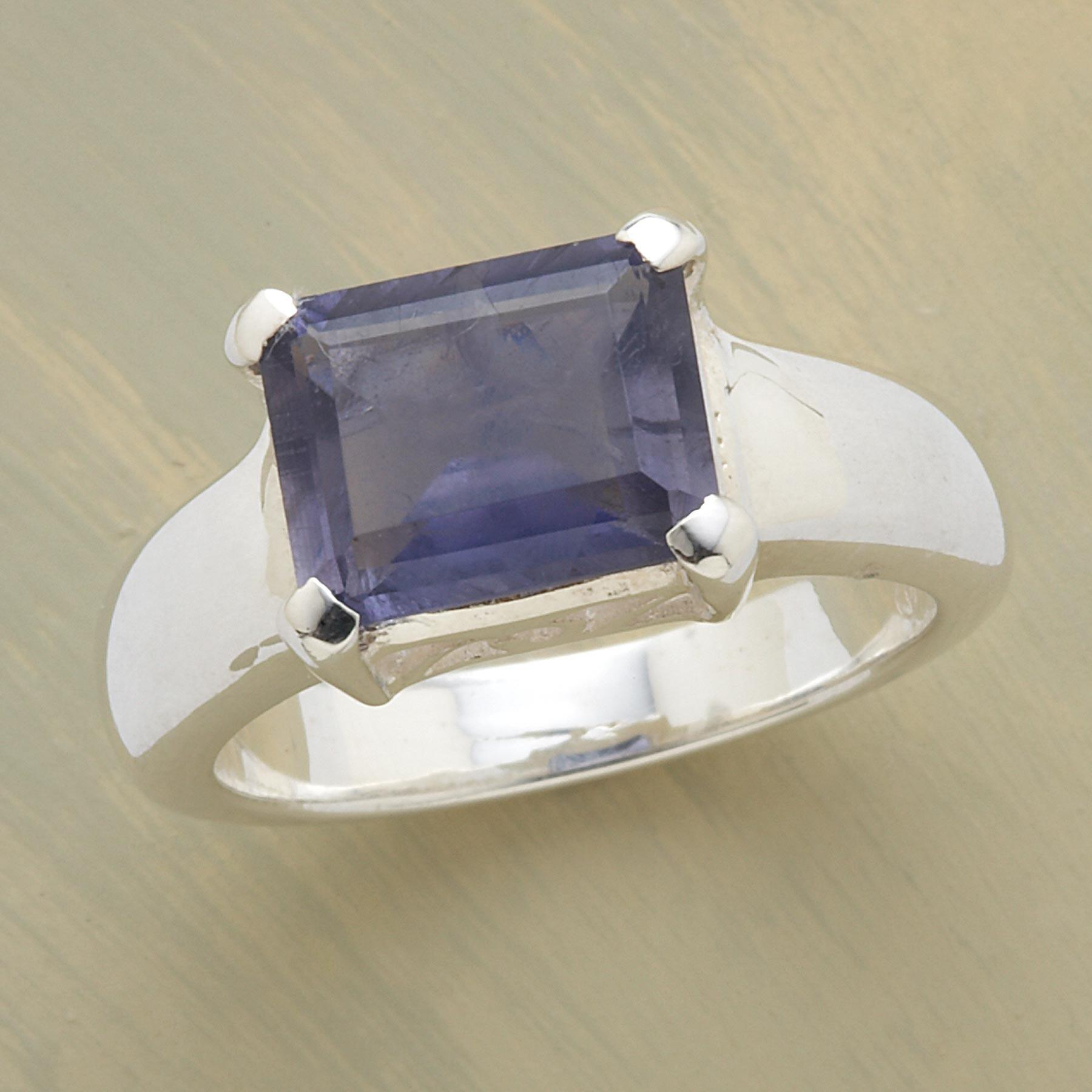 TURN-OF-THE-CENTURY RING: View 1