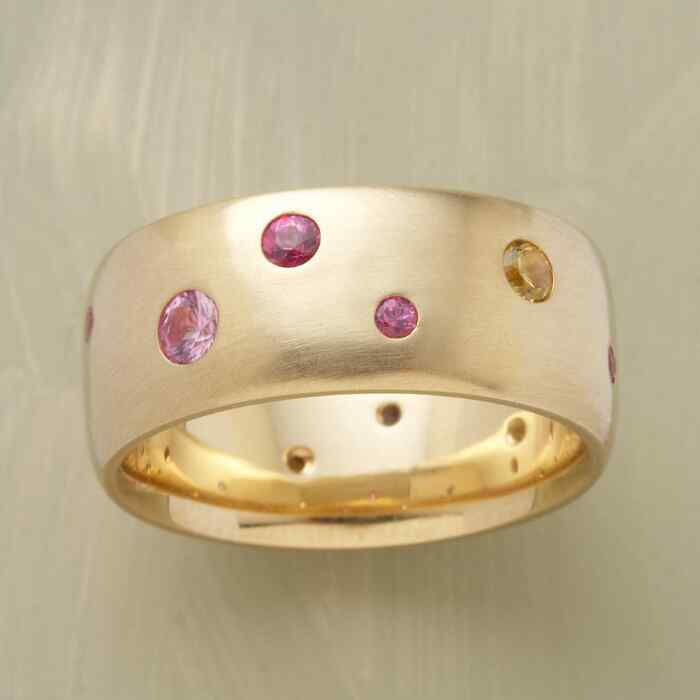 YELLOW GOLD SAPPHIRE SPECTRUM RING