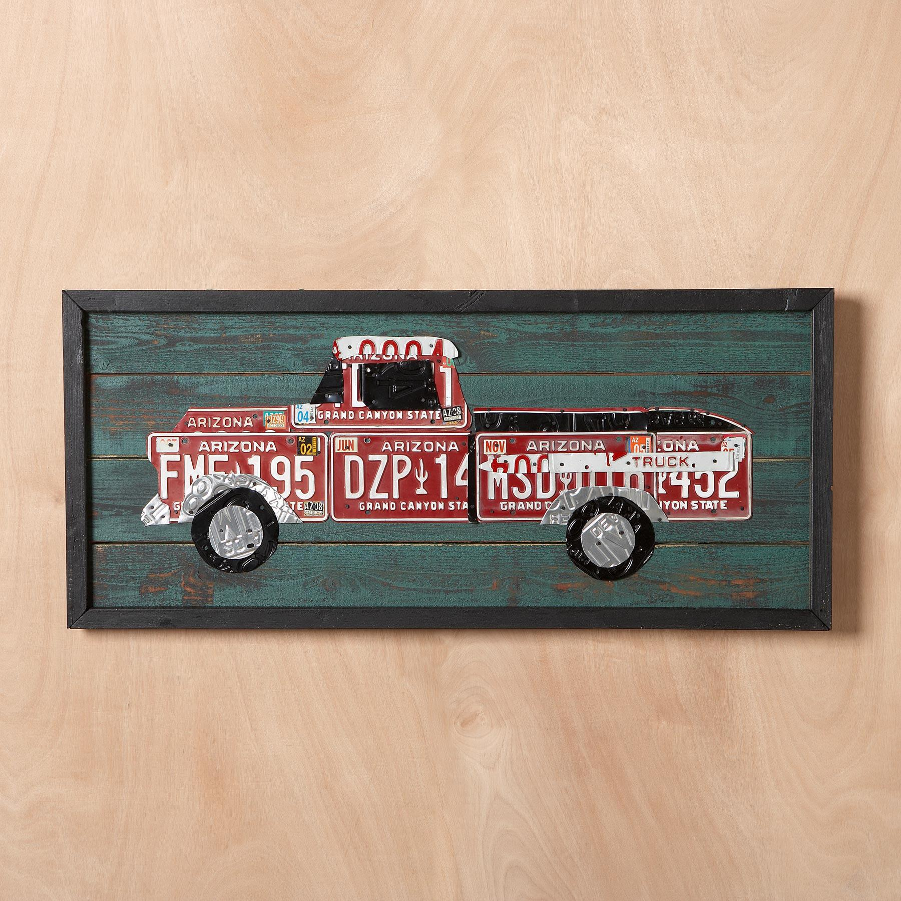 LICENSE PLATE TRUCK WALL ART: View 2