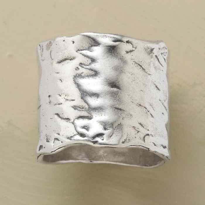 SILVER RIVER RING