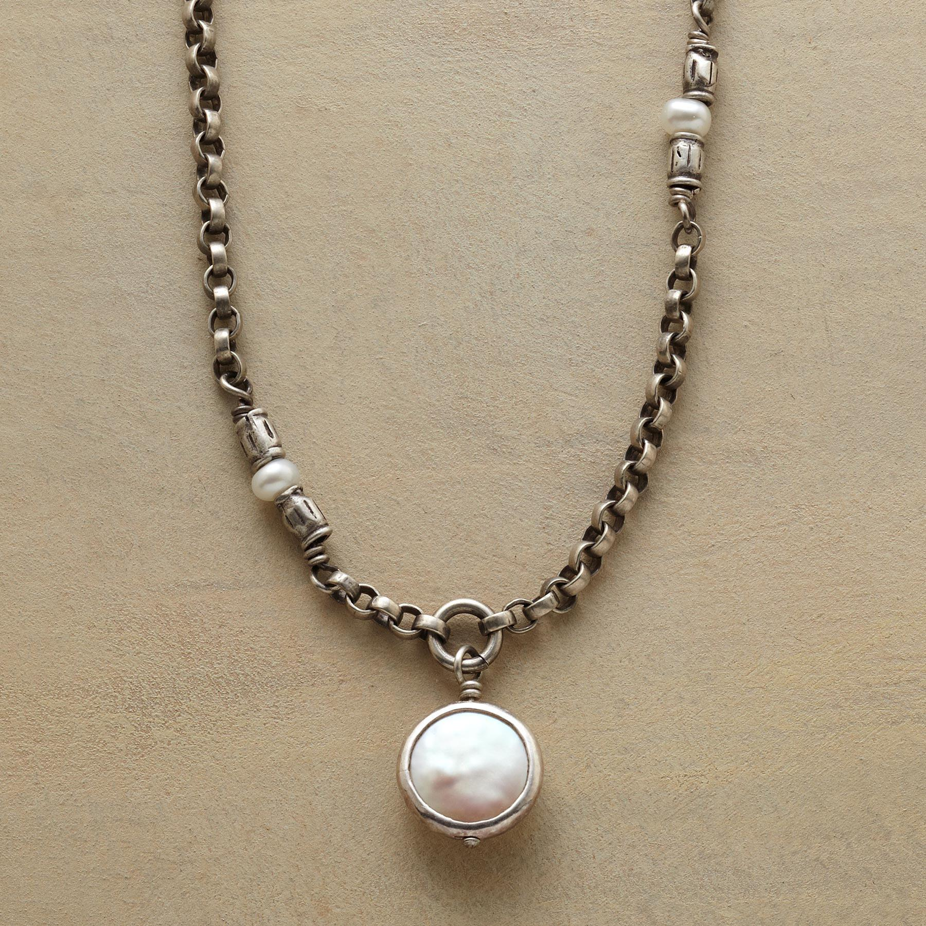 MARAMA NECKLACE: View 1