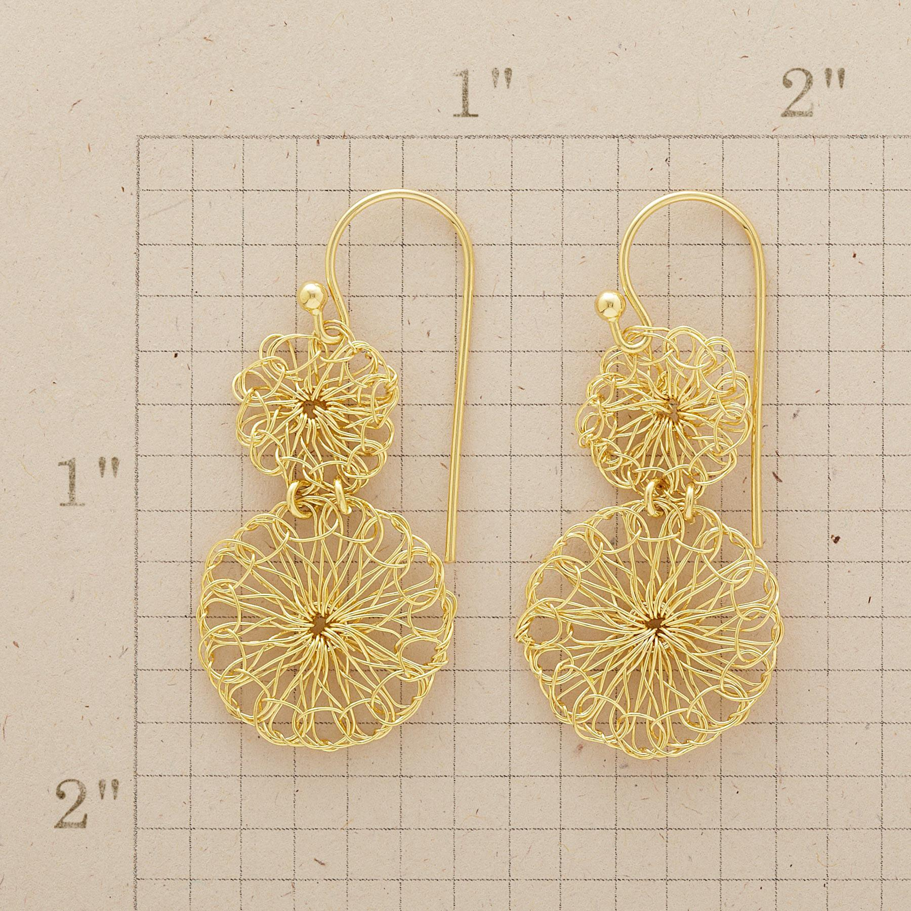 LACEMAKER'S EARRINGS: View 2