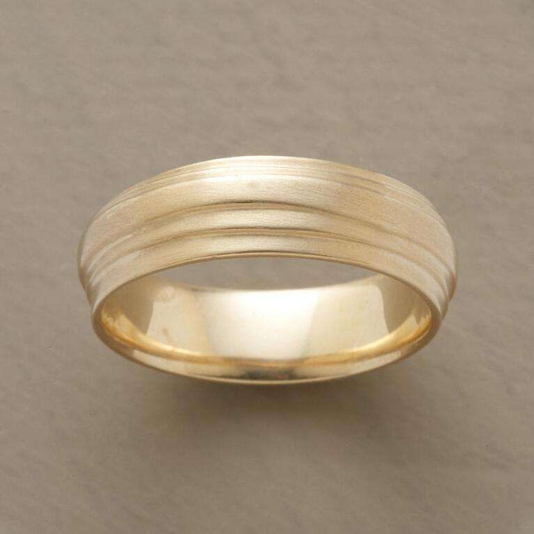MEN'S YELLOW GOLD WRAP BAND