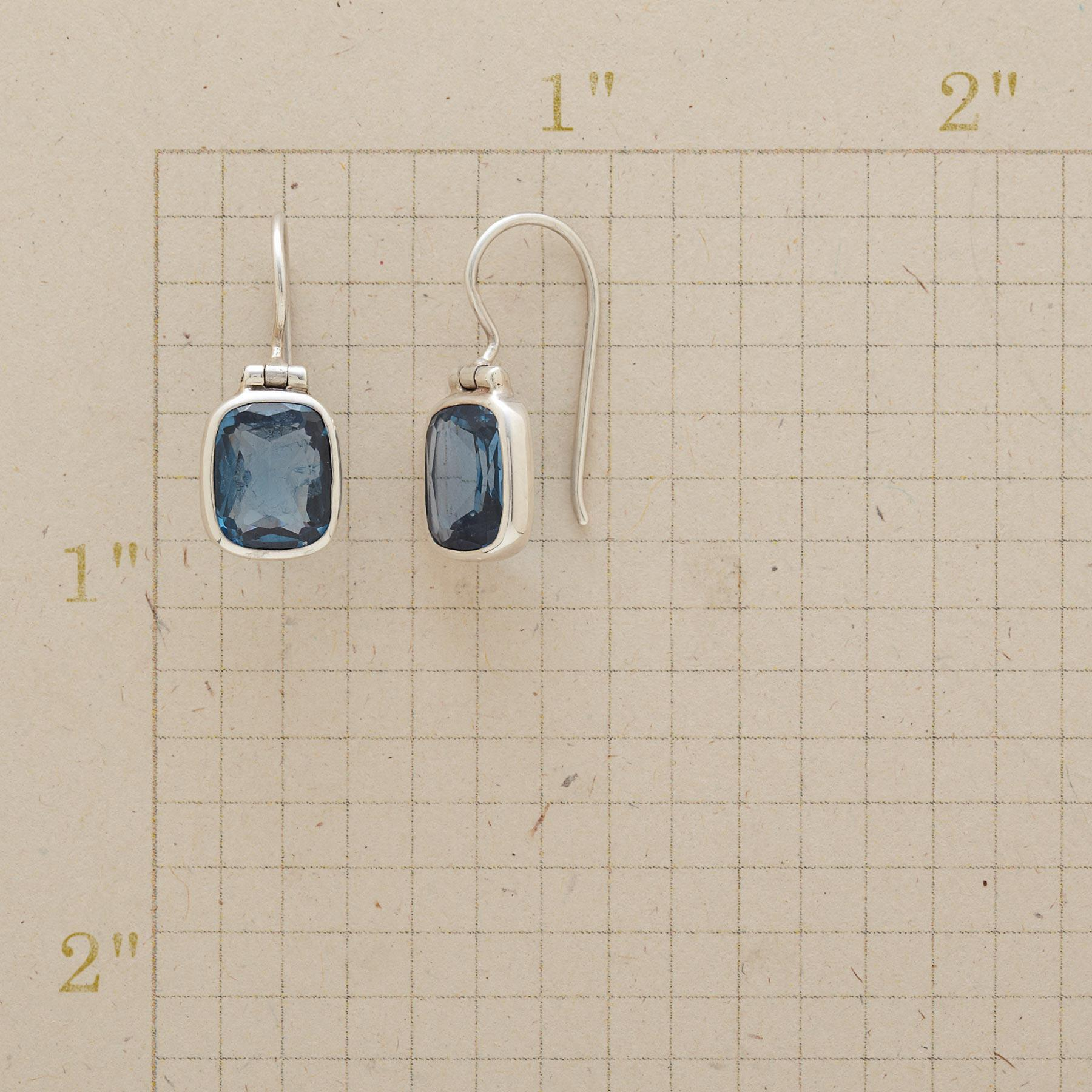 CONCERTO EARRINGS: View 2