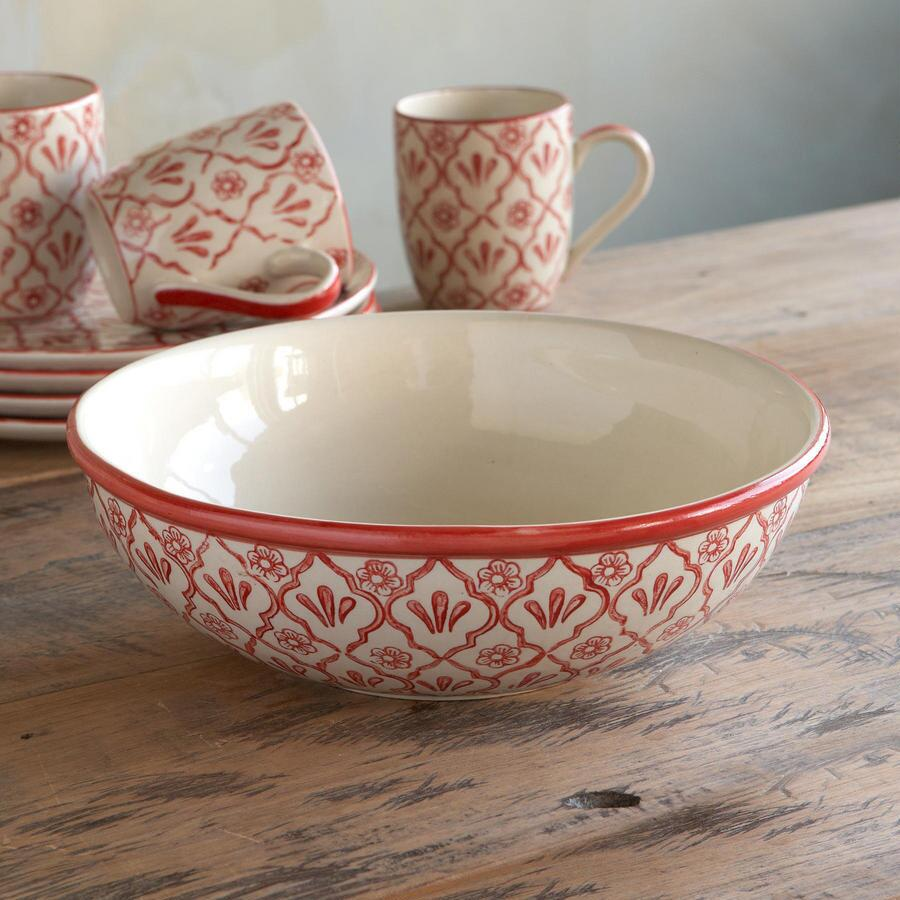 RED FLOWER SERVING BOWL