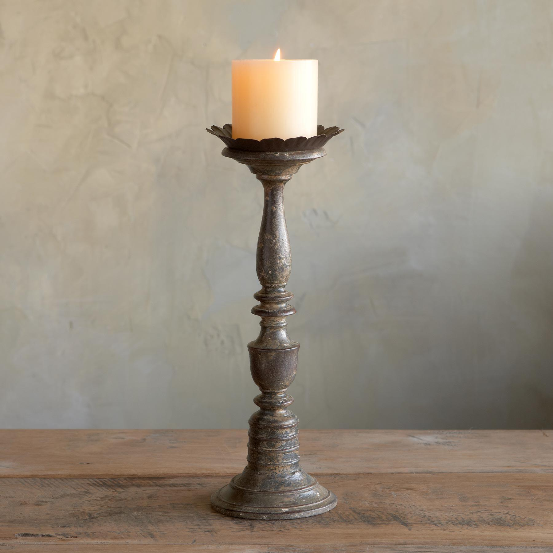 ARTISAN CANDLEHOLDERS: View 3