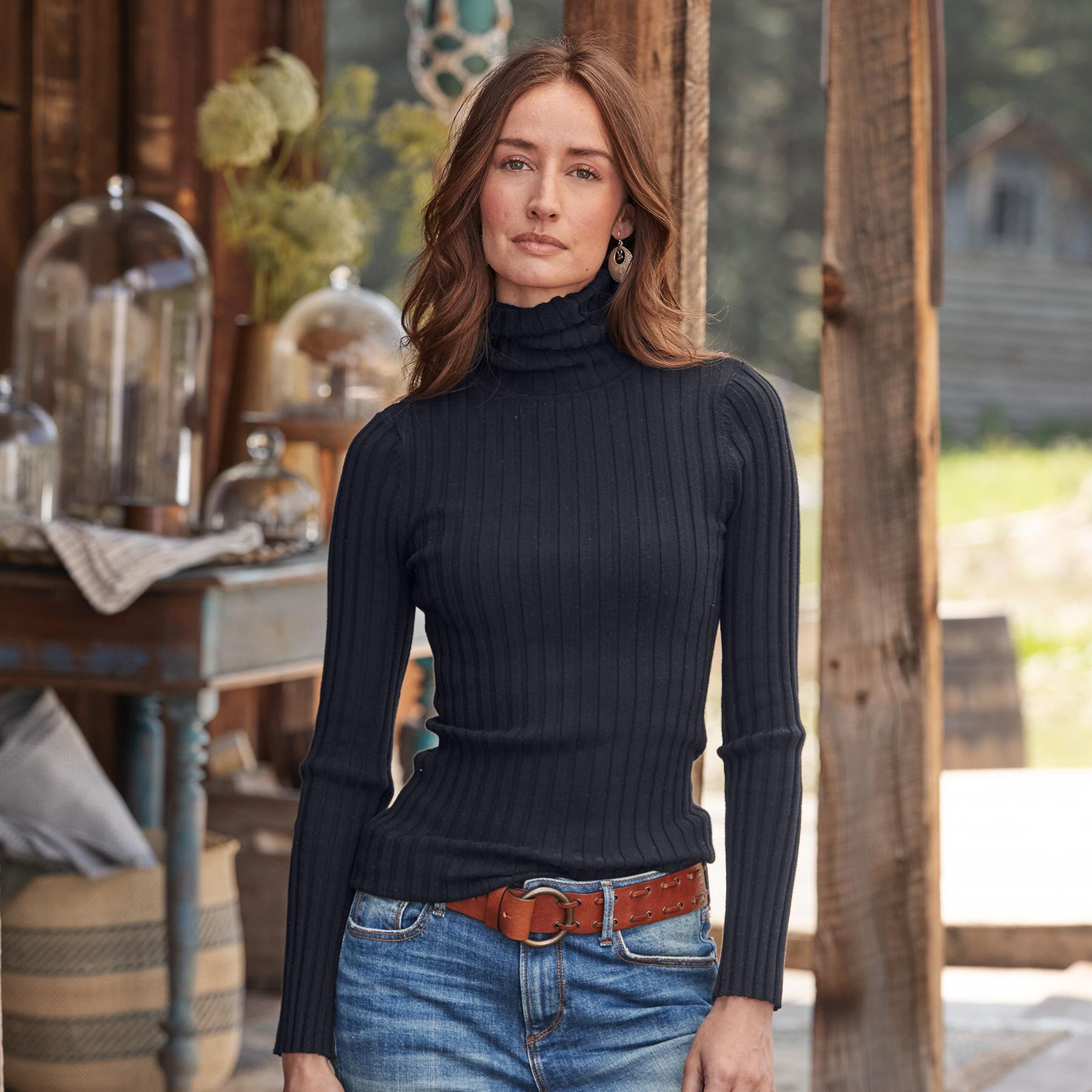 LEGENDS TURTLENECK - PETITES: View 2