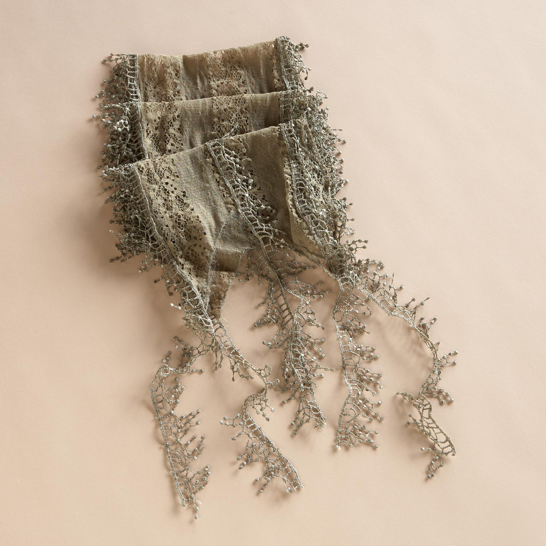 LACE ON LACE SCARF: View 1
