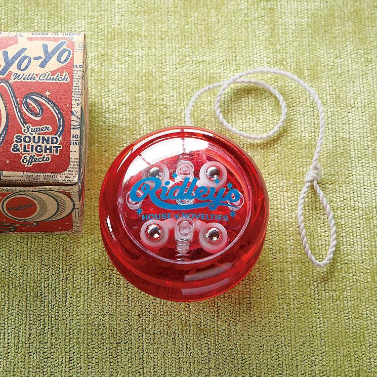 RETRO PERFORMING YO - YO