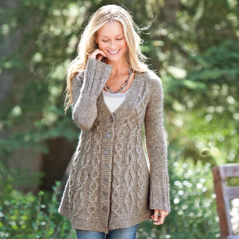 BRANCHING CABLES CARDIGAN