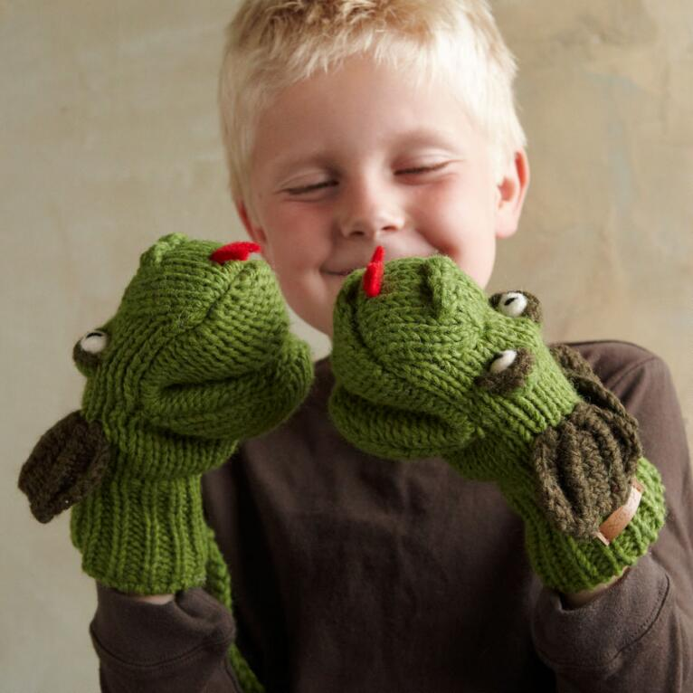 CHILD'S MAGIC DRAGON MITTENS