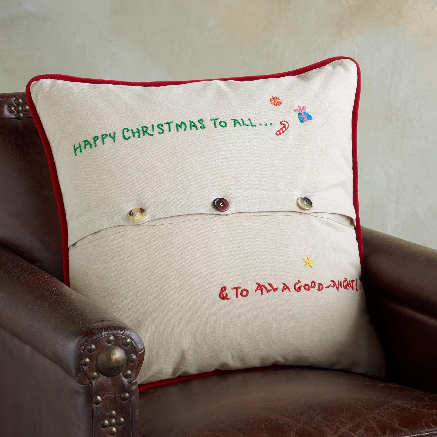 SOUVENIR NIGHT BEFORE CHRISTMAS PILLOW: View 2