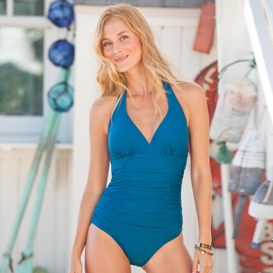 NEW ROCKY POINT ONE PIECE