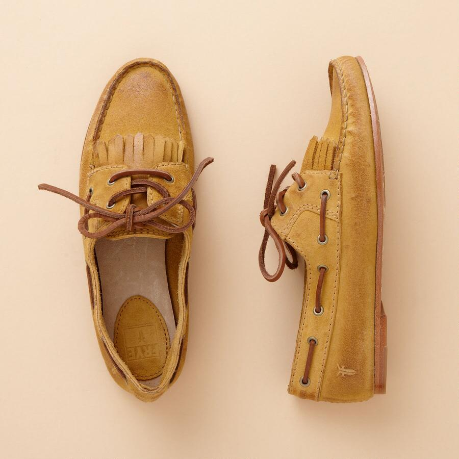 WENDY LACE-UP MOCS