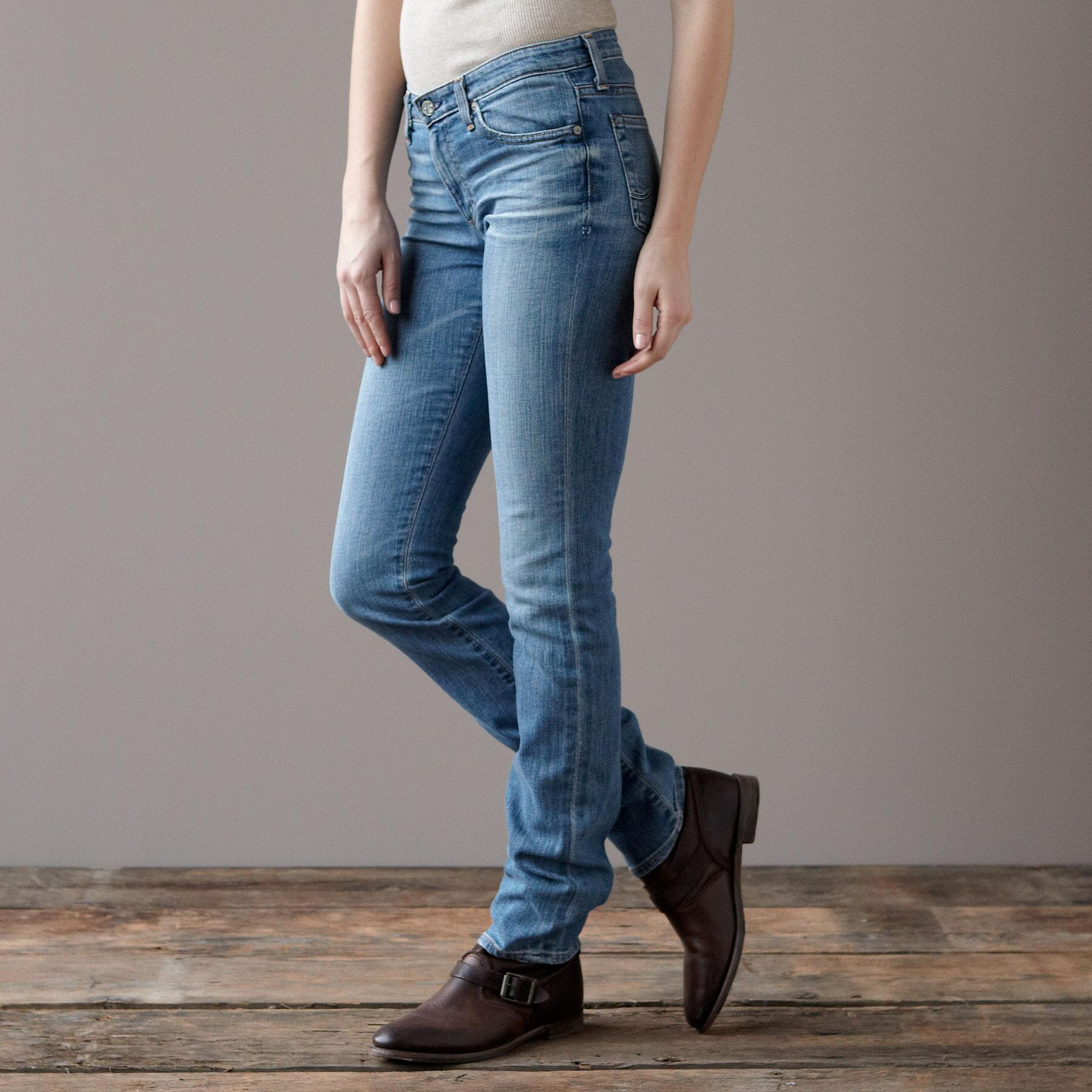 A G PREMIERE SKINNY IN 18 YEAR WASH JEANS: View 5