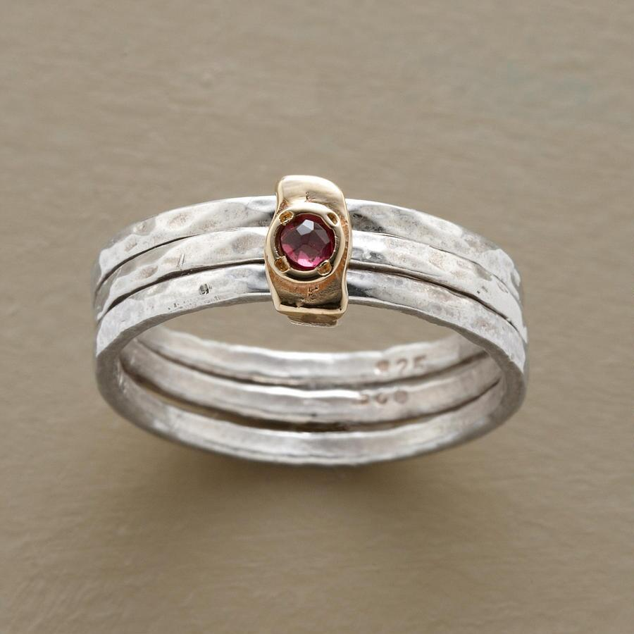 CIRCLES OF GRACE GARNET RING