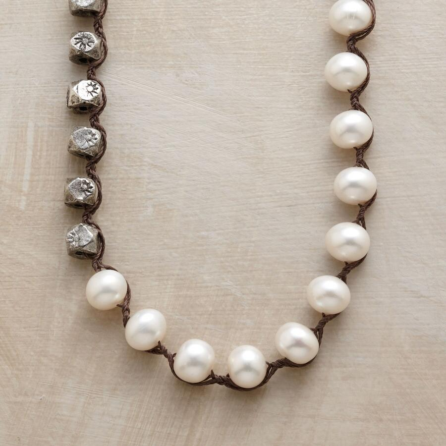 PURE LONGING NECKLACE