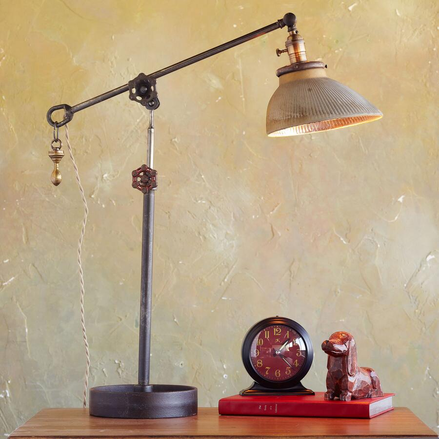 ONE OF A KIND LAMP 3/108
