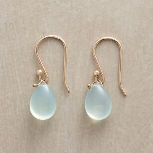 CHALCEDONY KISS EARRINGS