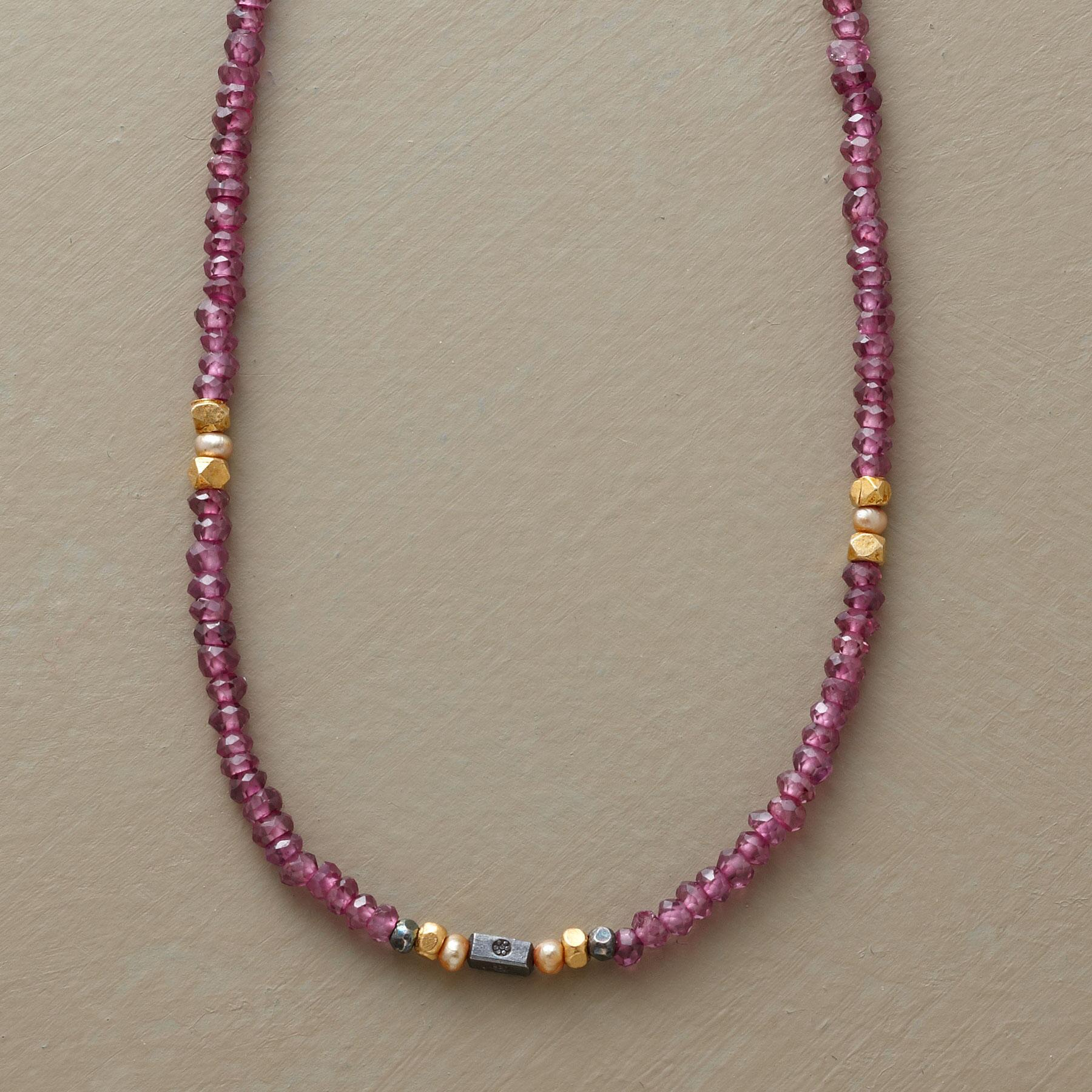 IN THE QUEUE NECKLACE: View 1