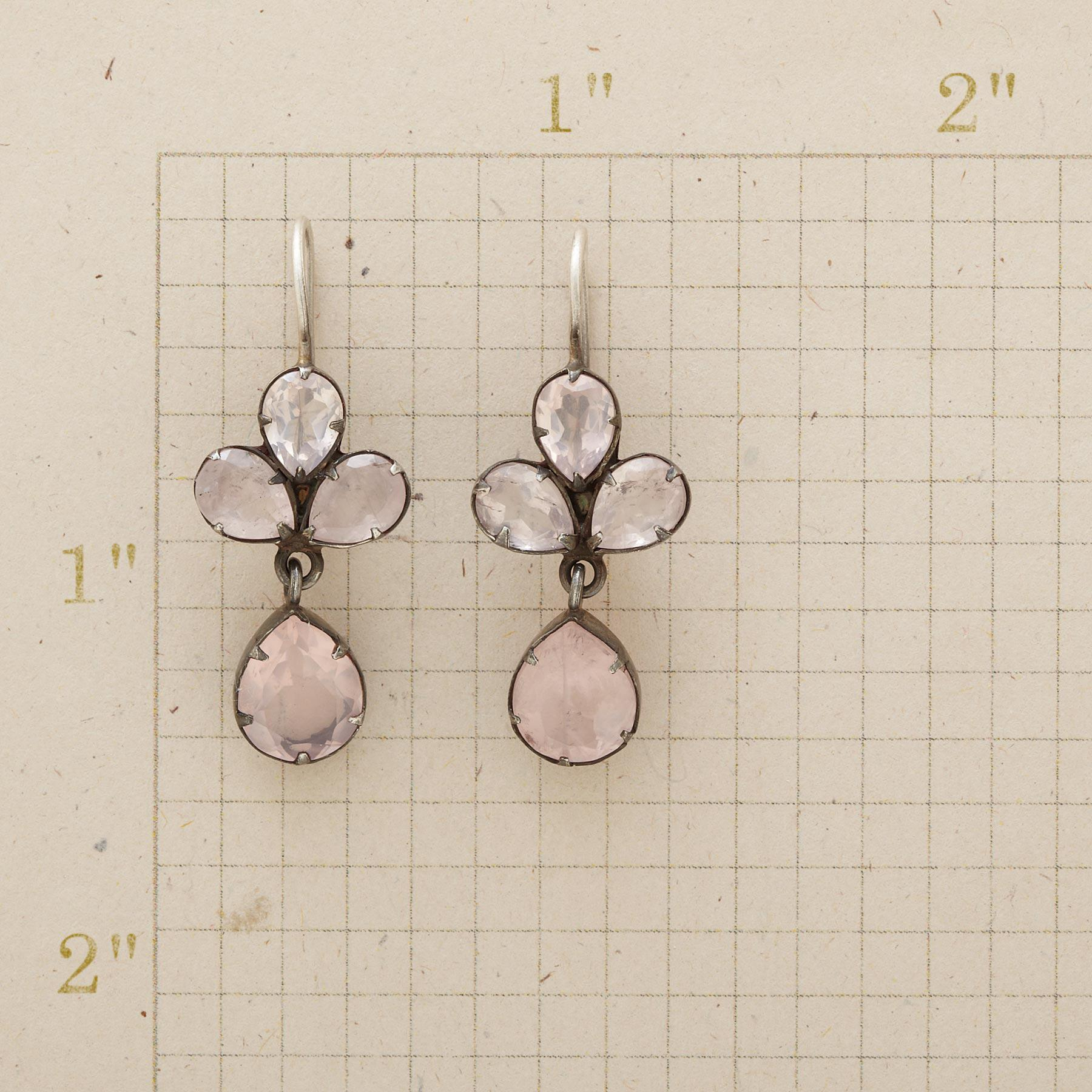 ROSE QUARTZ TREFOIL EARRINGS: View 2
