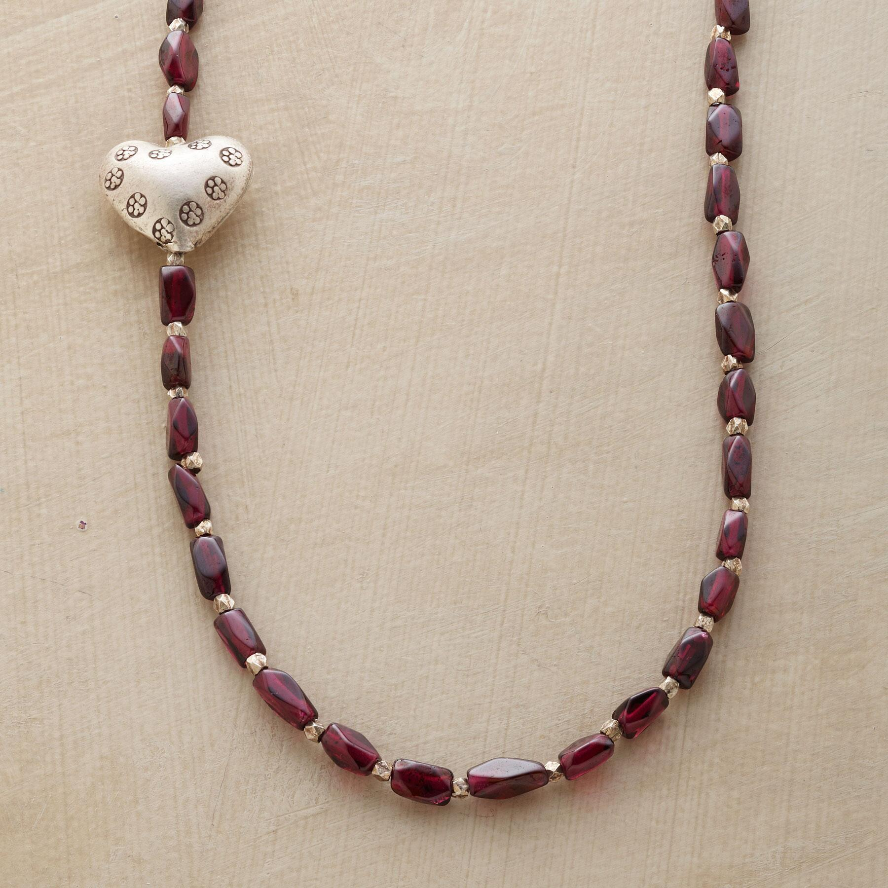 SHY HEART NECKLACE: View 1