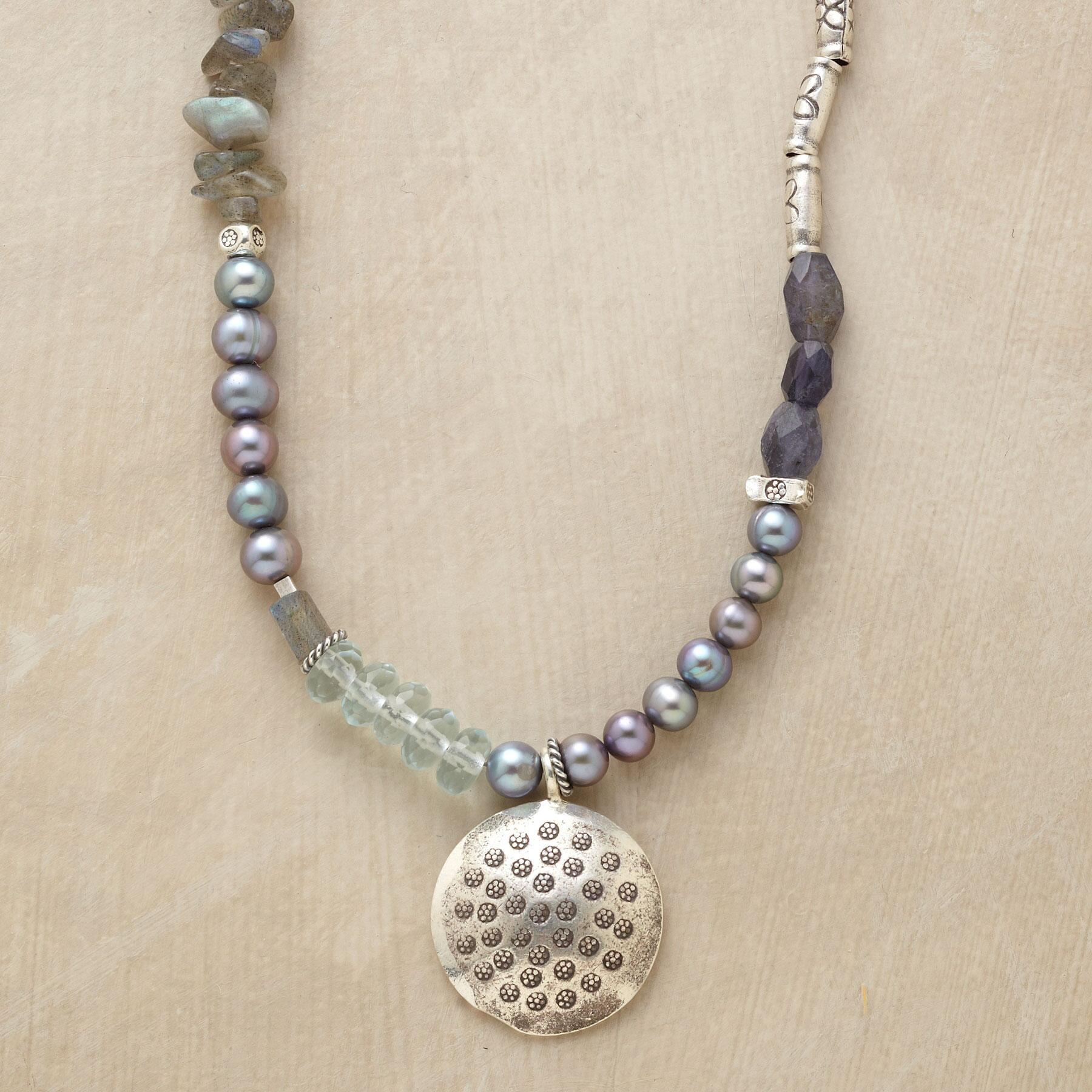 AVIANA NECKLACE: View 1