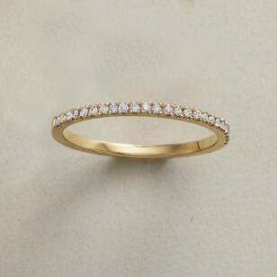 MIGHTY MINI DIAMOND RING