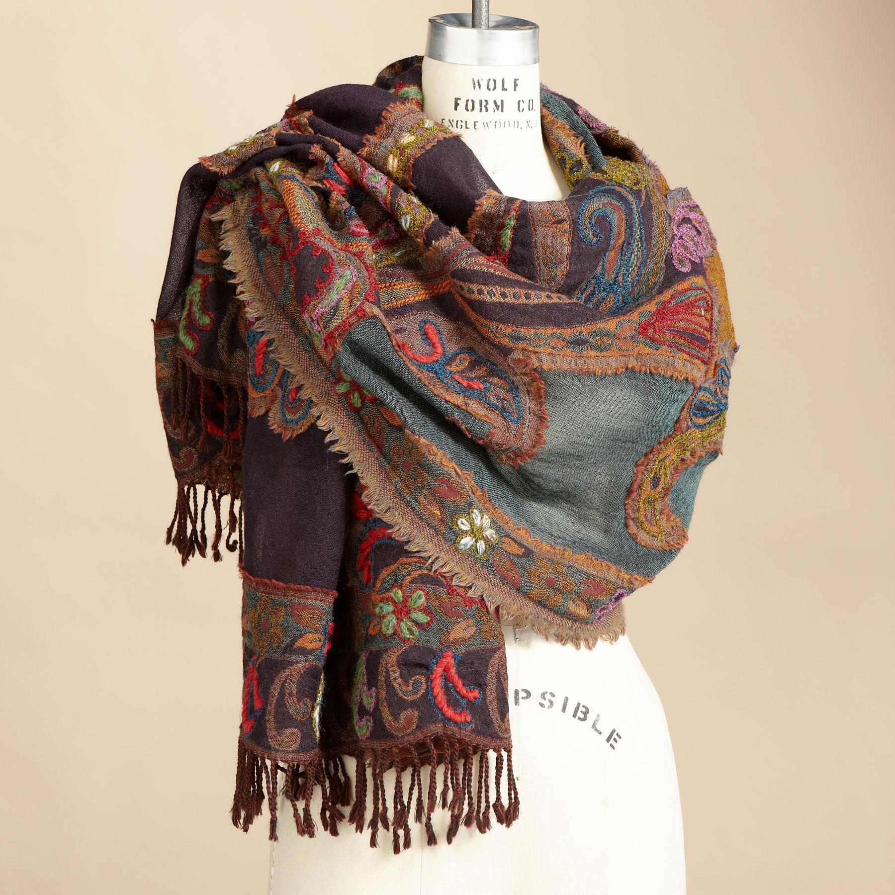 PAISLEY CREWELWORK WOOL SCARF: View 1
